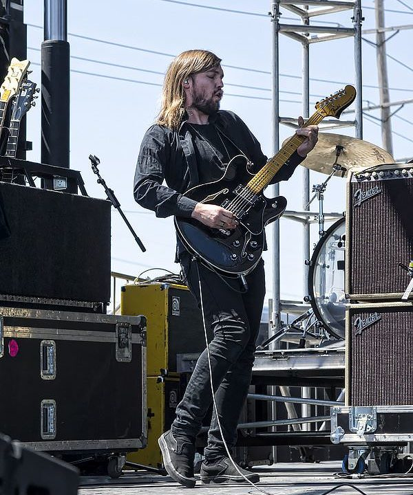 Band of Skulls at Pointfest on May 10th, 2014 65794