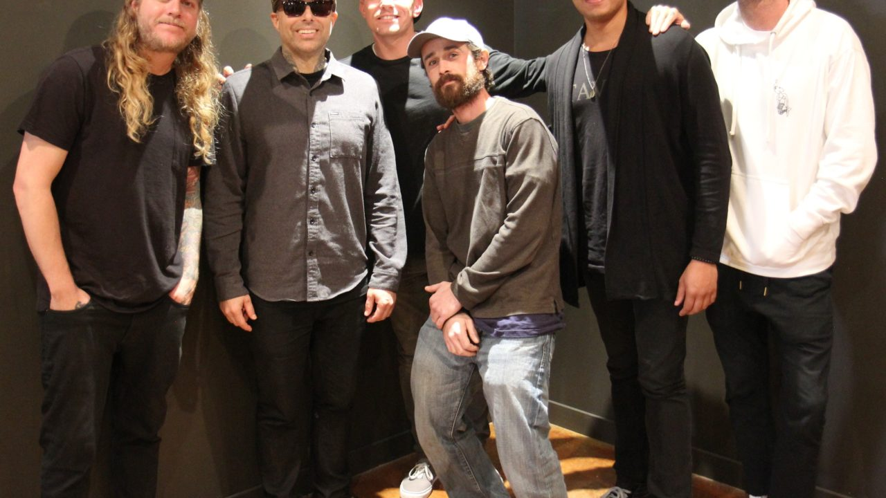 Dirty Heads Lounge at Music Record Shop 153091