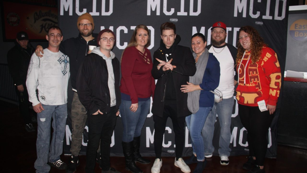 Highly Suspect Meet and Greet (2019) 165088
