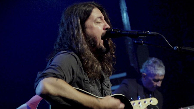 M_foofighters_102220